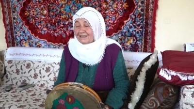 en yasli kadin - Kayseri'de 75 yaşındaki Necibe Avşar'ın Erciyes özlemini Büyükşehir Belediyesi dindirdi