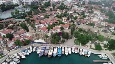 dar sokaklar - ANTALYA - Turizm merkezi Antalya, doğal güzellikleriyle görsel şölen sunuyor (1)