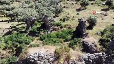 gozleme -  Manisa Kalesi'nin kalıntıları da yok oluyor