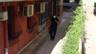 en yasli kadin -  Yaşlı kadının 'itfaiye' talebi yanlış anlaşılınca mahalle karıştı