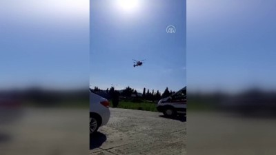 ambulans helikopter - SAMSUN - Demir yoluna devrilen otomobildeki 4 kişi yaralandı (2)