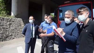 mobilya -  Ordu'da feci kaza... Kamyonet tırın altına girdi: 1 ölü, 1 yaralı