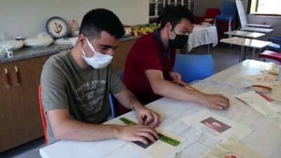 hediyelik esya - ANTALYA - Engelli bireyler, Sevgi Atölyesi'nde hediyelik baskı ürünlerle gelir elde edecek