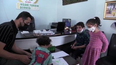 fedakarlik - Siirtli kardeşler, her ay biriktirdikleri harçlıkları Filistinli çocuğa gönderiyor