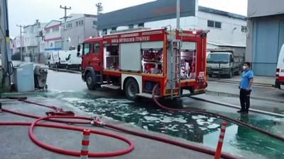 mobilya - BURSA - Mobilya fabrikasının kimyasallar bölümünde çıkan yangın söndürüldü