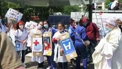 saglik hizmeti -  - Fransa'da doktorlar ve sağlık personelinden hükümet karşıtı protesto