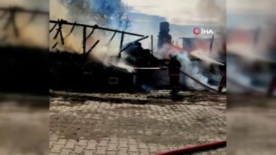 elektrik kontagi -  Kızılcahamam'da iki katlı ahşap evde yangın çıktı
