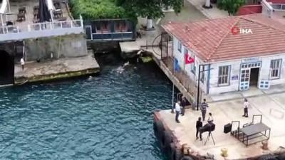 deniz trafigi -  Kısıtlamada İstanbul Boğazı'nı yüzerek geçtiler