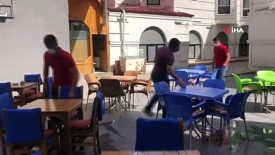 kiraathane -  Kars'ta, kafe ve restoranlar yeniden açıldı