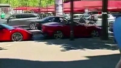 kalaba -  - Paris'te, aracını kalabalığın üzerine sürdü: 1 yaralı