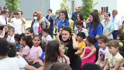 """gaziler -  - Türkiye'den şehit çocukları için yolladığı """"Hediye Karavanı"""" tırı Azerbaycan'a ulaştı"""