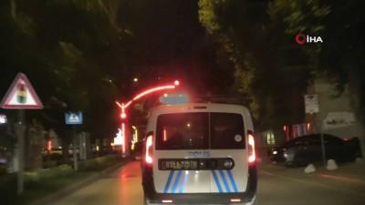 ehliyetsiz surucu -   'Dur' ihtarına uymayan ehliyetsiz sürücü 15 kilometrelik kovalamacanın ardından yakalandı