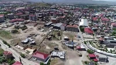 ERZURUM - Tarih kokan Erzurum'un asırlık yapıları millet bahçesiyle gün yüzüne çıkıyor