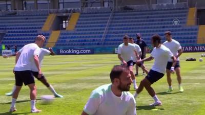teknik direktor - BAKÜ - Galler-İsviçre maçına doğru