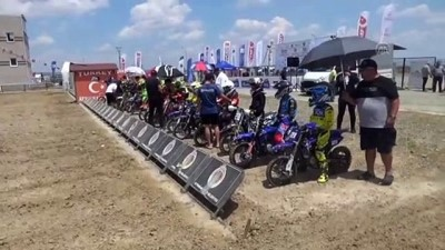 AFYONKARAHİSAR - Motokros şampiyonalarının final yarışları başladı