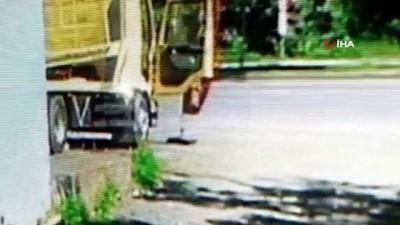 eziler -  Çoklu araç taşıyıcının ikinci katı üzerine düşen işçi ezilerek hayatını kaybetti