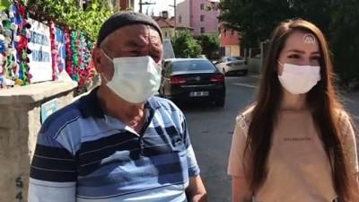 yasli adam - ESKİŞEHİR - Dede ile torununun engellilere tekerlekli sandalye yardımı için topladığı mavi kapaklar çalındı