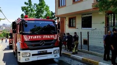 İSTANBUL - Sancaktepe'de iki katlı binada çıkan yangın söndürüldü