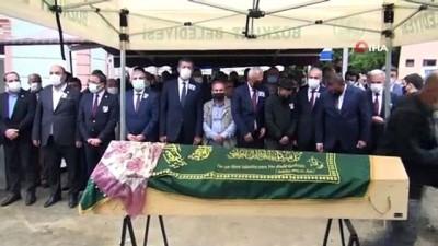ogretmenlik -  Kazada hayatını kaybeden Büşra öğretmen toprağa verildi