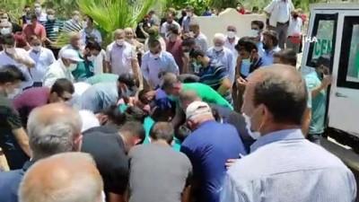 Nusaybin'deki kazada hayatını kaybeden öğretmen toprağa verildi