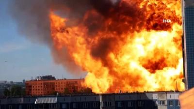 itfaiye eri -  - Rusya'da akaryakıt istasyonunda şiddetli patlama: 16 yaralı