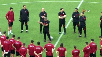 yildizli - A Milli Takım, Galler maçı hazırlıklarını tamamladı