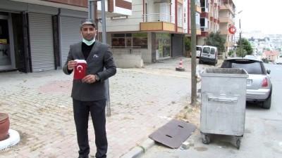 hassasiyet -  Beylikdüzü'nde vatandaşın duygulandıran Türk Bayrağı hassasiyeti