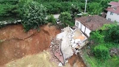 DÜZCE - Su taşkını ve heyelanın meydana geldiği Akçakoca'da hasar tespitleri tamamlandı
