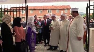 beraberlik - KIRCAALİ - Diyanet İşleri Başkanı Erbaş, Bulgaristan'ın Kırcaali şehrindeki camileri ziyaret etti