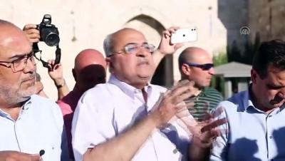 KUDÜS - İsrail polisinden Kudüs'te Filistinlilere müdahale: 33 yaralı (2)
