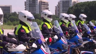 BURSA - Jandarmanın motosikletli trafik ve asayiş timleri Bursa'da yetişiyor
