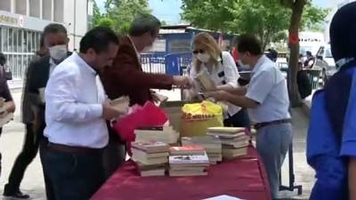 kitap okuma -  Kitap bağışı kampanyasına büyük destek