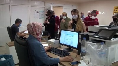 yan etki -  Elazığ'da  aşıma yoğunluğu, bugüne kadar 247 bin 290 kişi aşılandı Videosu