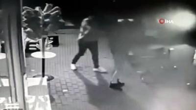 silahli kavga -  İşyerinde bacağından vuruldu, elinde silahla hasmını kovaladı
