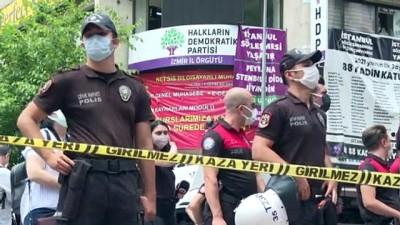 yazili aciklama - İZMİR - HDP İzmir İl Başkanlığında öldürülen kişinin cenazesi Adli Tıp Kurumuna kaldırıldı