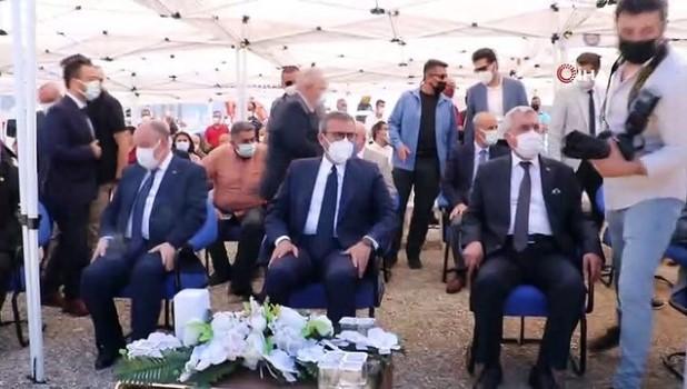 akilli telefon -  AK Parti'li Ünal: 'Bu ülkenin yapabilme gücüne saldırıyorlar'