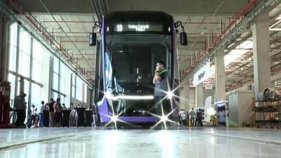 avro - ANKARA - Bozankaya'nın ürettiği yerli tramvayı Romanya'ya uğurlama töreni düzenlendi
