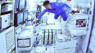 uzay istasyonu -  - Çin uzay istasyonunun çekirdek modülü 'Tianhe' görüntülendi - Taykonot Nie: - 'Tüm ekip üyeleri uzaydaki evimize girdi'