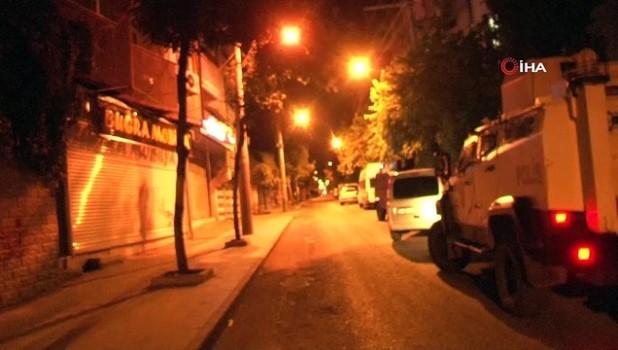 ozel harekat polisleri -  Diyarbakır'da restorana ateş açan şahıslar polisle çatıştı: 1 yaralı