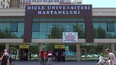 kok hucre - DİYARBAKIR - Kök hücre tedavisiyle şifa bulmak için Almanya'dan Diyarbakır'a geldiler