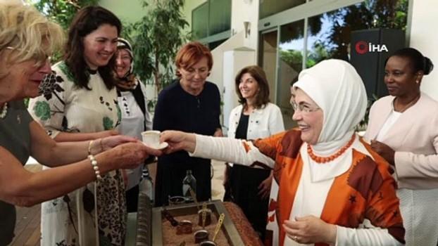irkcilik -  Emine Erdoğan, Antalya Diplomasi Forumu'na katılan liderlerin eşleriyle bir araya geldi