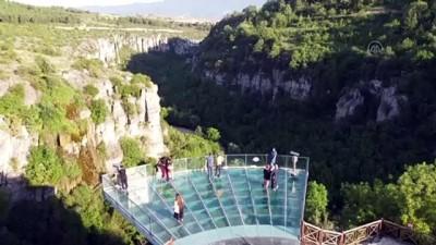 uzunlu - KARABÜK - Türkiye'nin ilk cam seyir terası yeniden misafirlerini ağırlamaya başladı