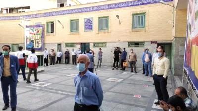 secim yarisi - TAHRAN - İran'da 13. Cumhurbaşkanlığı Seçimleri için oy verme işlemi başladı (3)