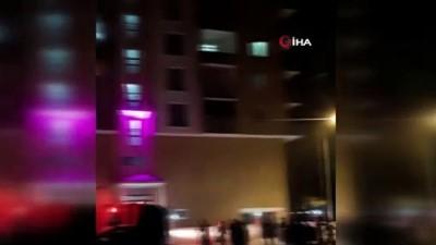 itfaiye merdiveni -  Ağrı'da binada çıkan yangın korkuttu