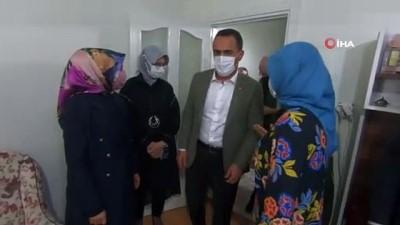 kutlay -  Bakan Yanık'tan Beyoğlu'nda yeni doğan bebeğe 'Hoş geldin' ziyareti