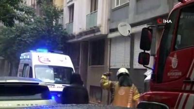 elektrik kontagi -  Yangında mahsur kalan kediyi kurtaran vatandaşlar büyük sevinç yaşadı