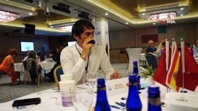italyan -  Balıkesir'de uluslararası zeytinyağı kalite yarışması yapıldı