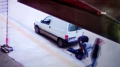 112 acil servis -  Geri manevra yapan kamyonet engelli vatandaşı böyle ezdi Videosu
