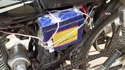 tahkikat -  Polisi şaşırtan olay...Motosikletin çalıntı olduğunu üzerindeki düzenekten çözdüler
