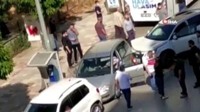 ticari taksi -  Ticari taksinin U dönüşü zincirleme kazayla son buldu